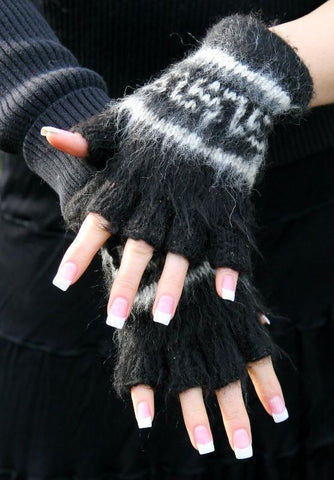 Bolivian Brushed Pattern Fingerless Alpaca Gloves Glove IAT Black