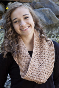 free crochet pattern Honeycomb cowl scarf
