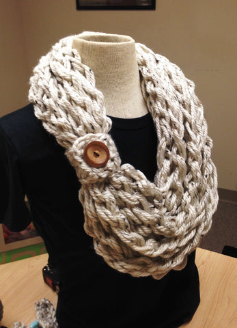 Kay's Crochet Rope Scarf Crochet Scarf Kit U Crochet Hook, Yarn, Button and Pattern