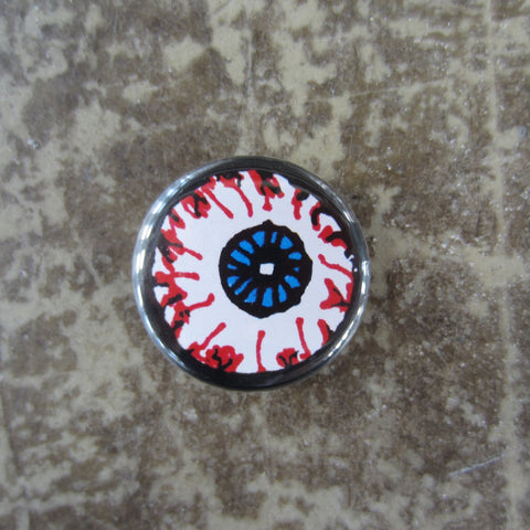 Noah Lyon Button: Eyeball
