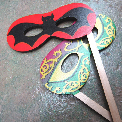 Wooden Mask: Bat / Mardi Gras