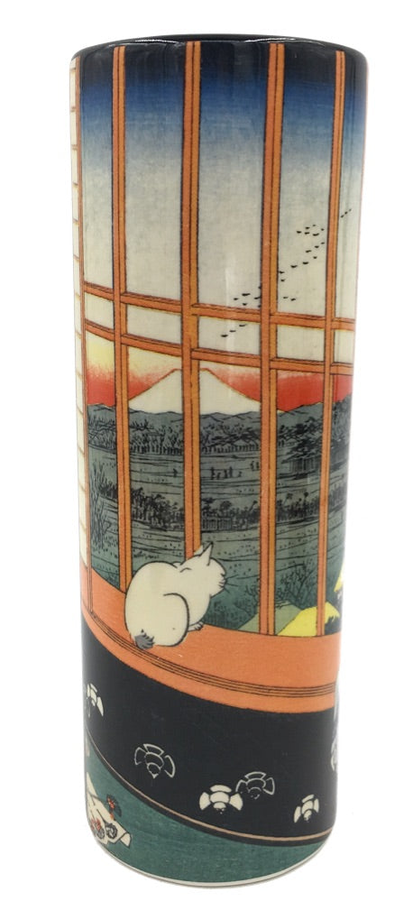 Cat Sees Mount Fuji Japanese Bud Flower Vase by Hiroshige