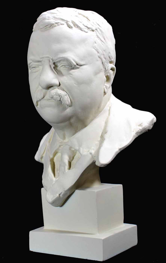 Museumize:Theodore Roosevelt American President Bust, Assorted Sizes and Finishes,White with Antique Wash / Small 10.5
