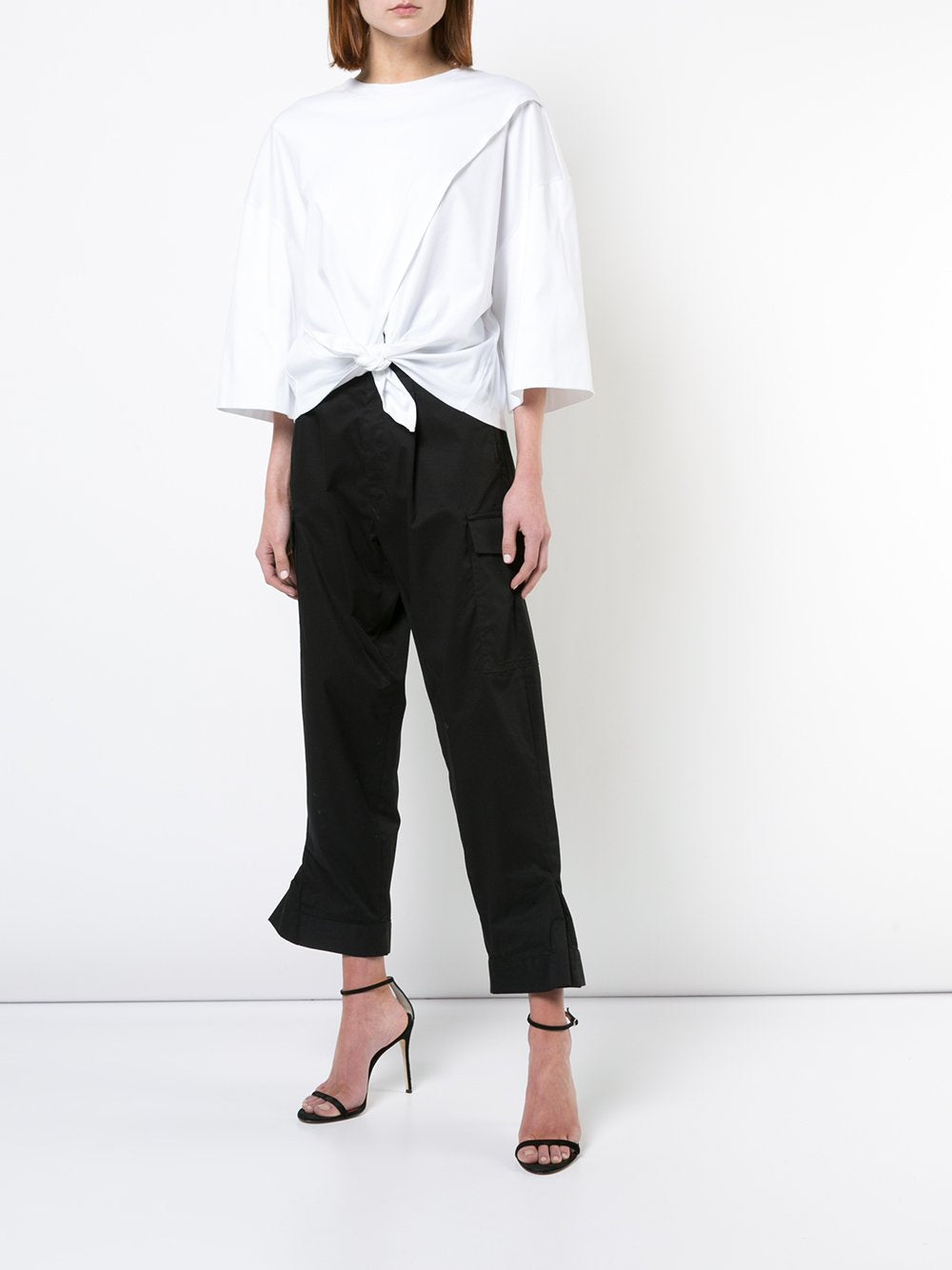 Baggy Cropped Cargo Pant