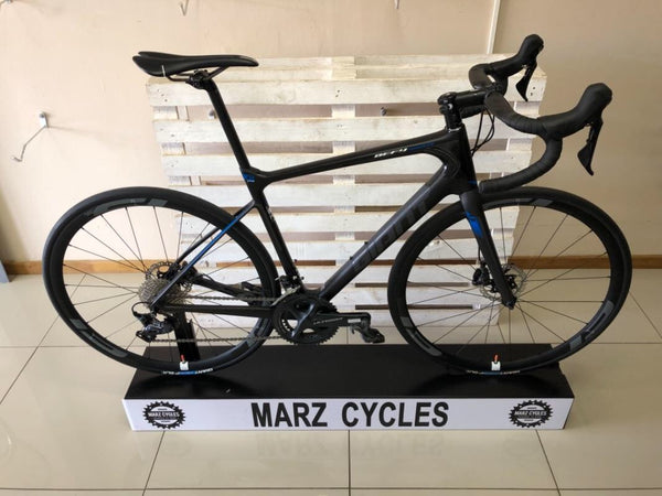 *New* 2015 Giant Defy Carbon Disk Ultegra - 54cm