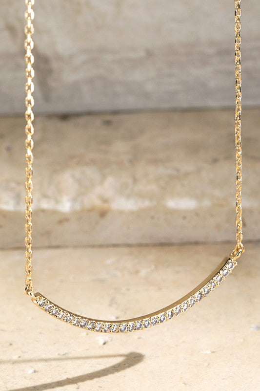 Ajay Curve Bar Necklace (2 Colors!)