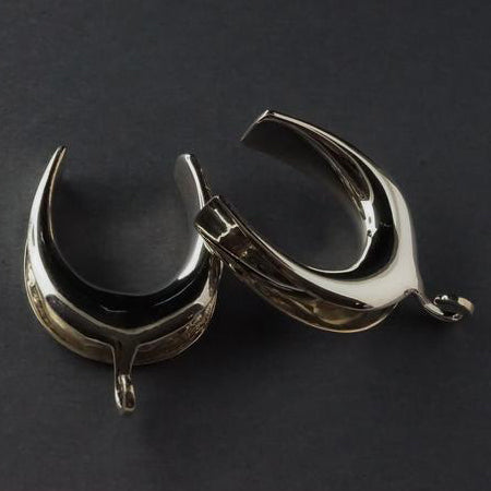 Silver Saddle Spreader Hooks by Diablo Organics
