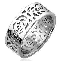 Stainless Cutout Rose Pattern Ring
