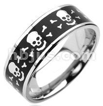Black Skull & Crossbones Ring
