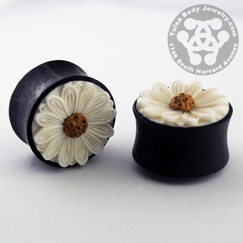 Daisy Flower Plugs by Urban Star