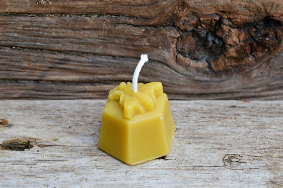 Mira's Naturals 100% Beeswax Votive Candle