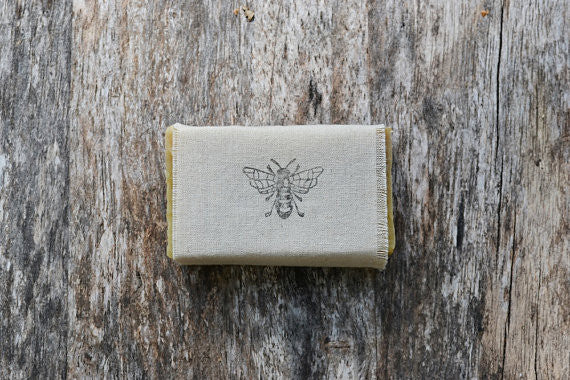 Mira's Naturals Beeswax & Raw Honey Soap - 4 ounces