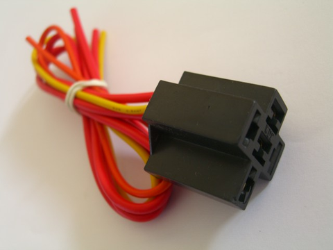 12 Volt Single Socket and Wiring Harness For Single-Pole Double-Throw Relay (SPDT)