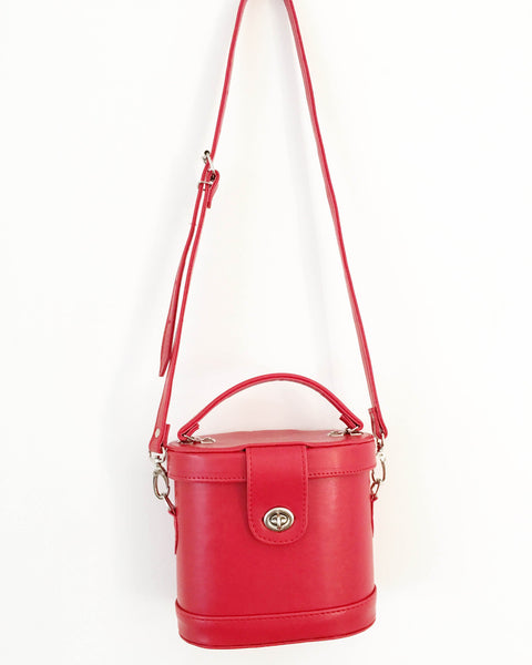 Julie Oval Box Crossbody Bag