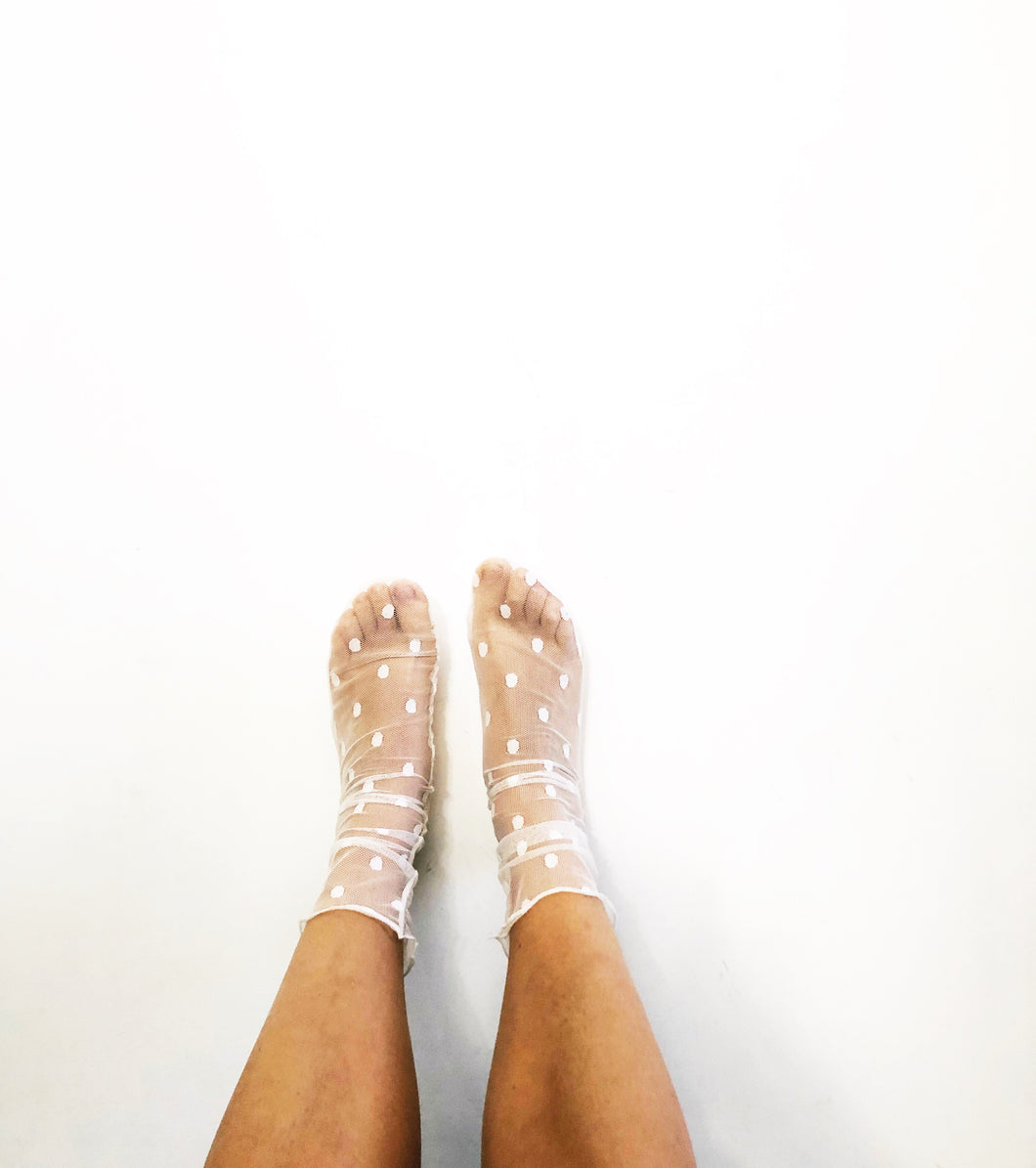 Polka Dot Mesh Sheer Ankle Socks
