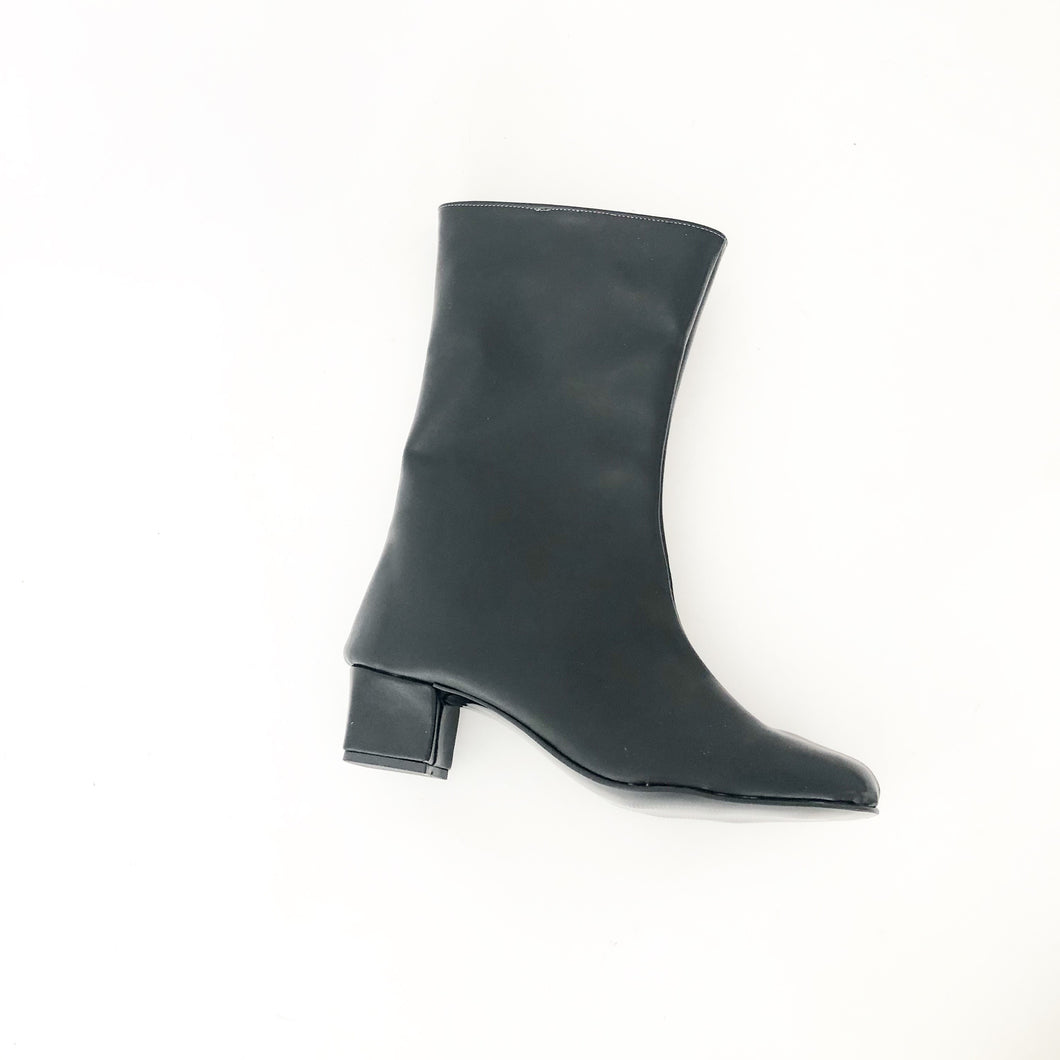 Edie Faux Leather Mid Lenght Boots