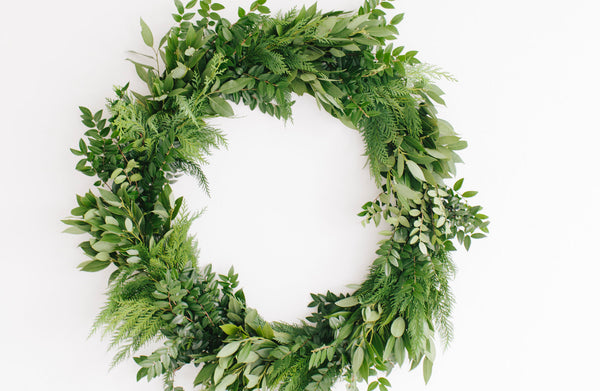 How to Make a Fresh Holiday Wreath