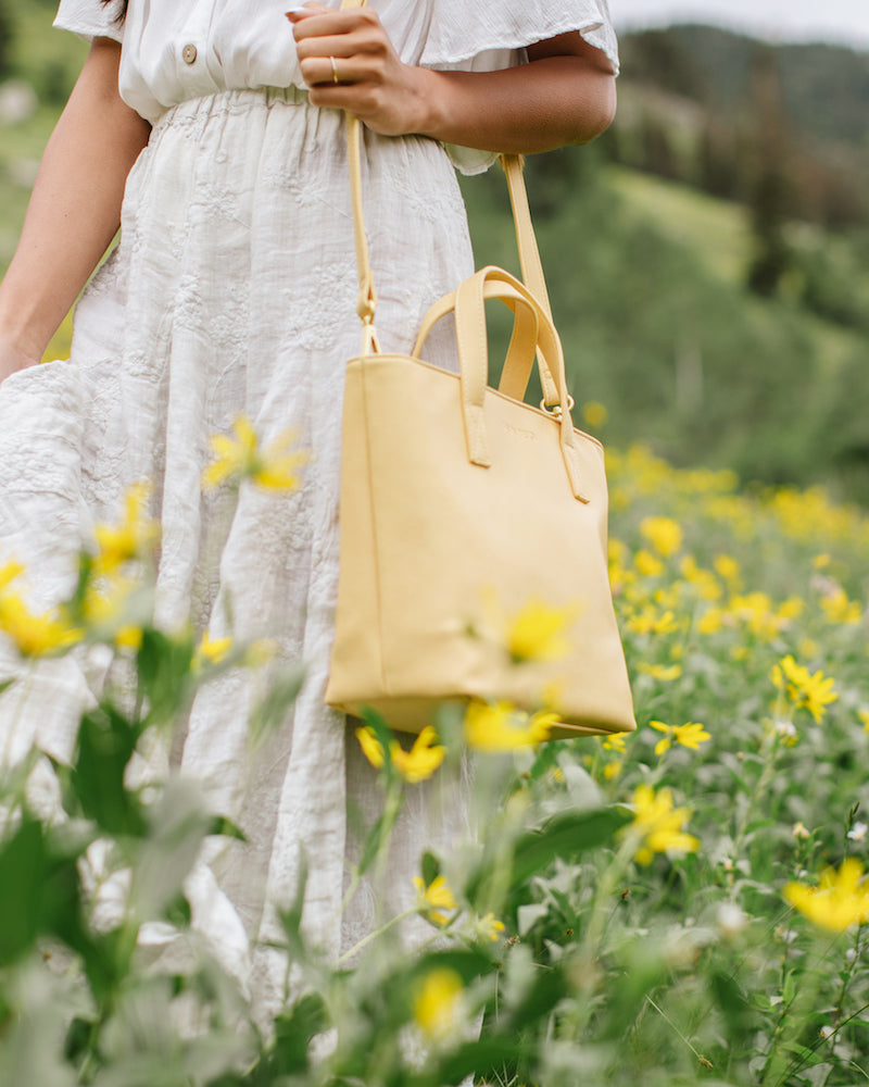 Fawn Design Buttercup Mini Tote SS20 Wildflower Collection