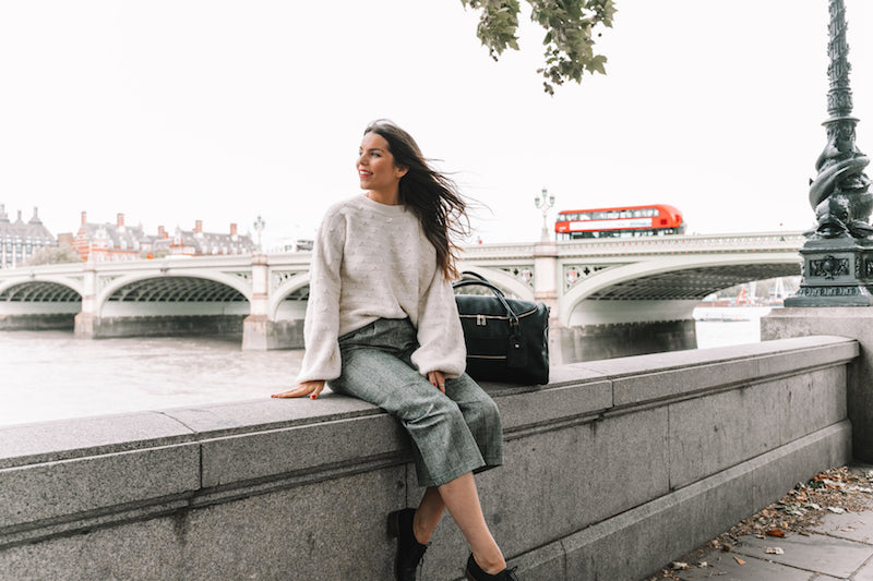London Travel Guide - The Fawn Design Guide to London - Fawn Design Weekender Bag