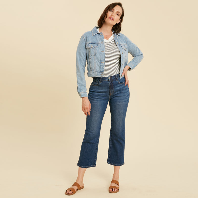 custom bespoke bootcut jeans plus size athletic model Alizee in Light Wash