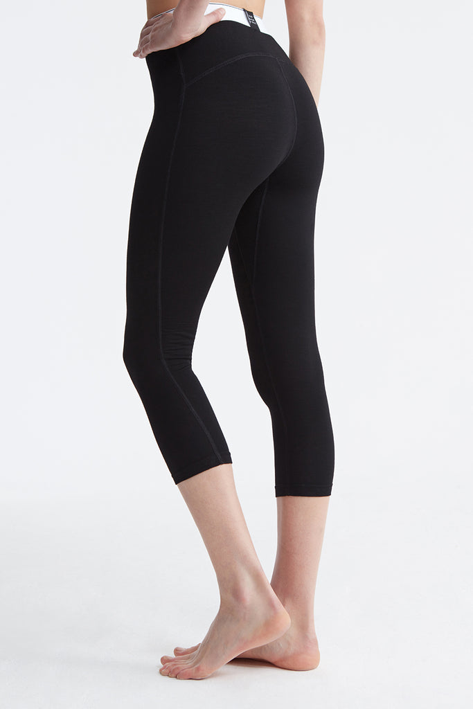 Women's Modaluxe® Base Layer Leggings skiwear back