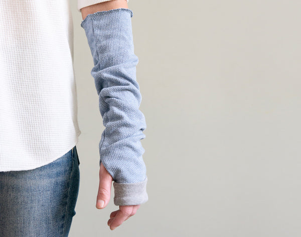Fingerless arm warmers