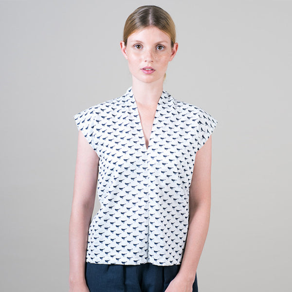 Double front blouse in navy bird print