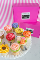 Deluxe Floral Buttercream Decorating Kit
