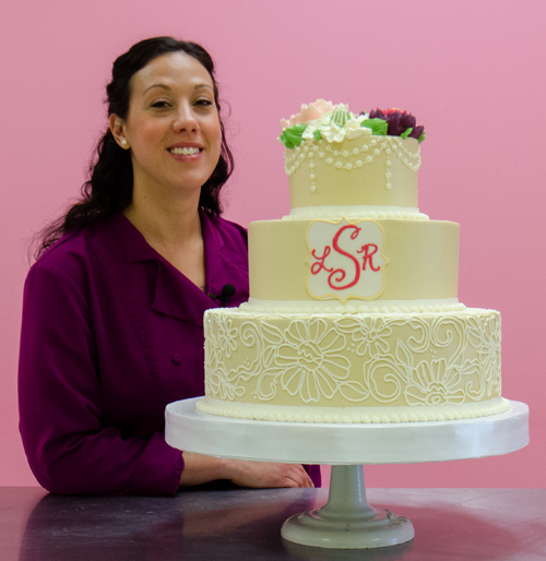 Collection 1: Buttercream Wedding Cake Technique with Lauren Bozich