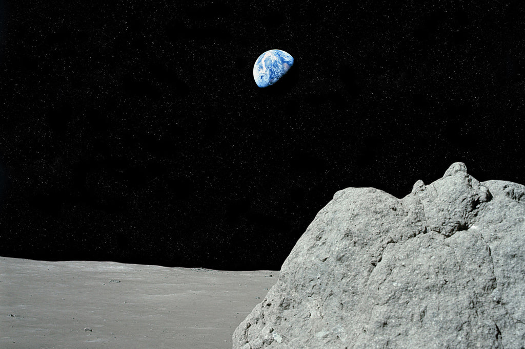Earthrise - Apollo 17 (Landscape)