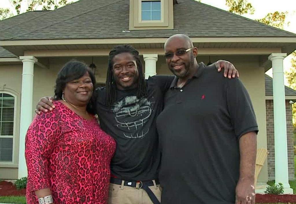 My Family Means Everything To Me | Eddie Lacy