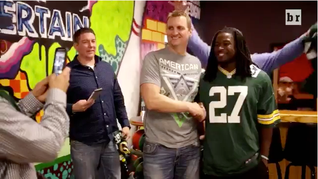 Eddie Lacy Surprises Fans Before Charity Event | Eddie Lacy