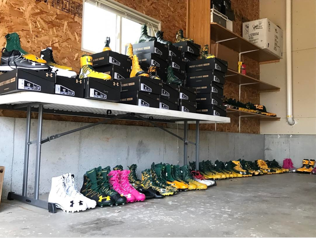 Eddie Lacy had a garage sale for Packers fans, and they cleaned house | Eddie Lacy