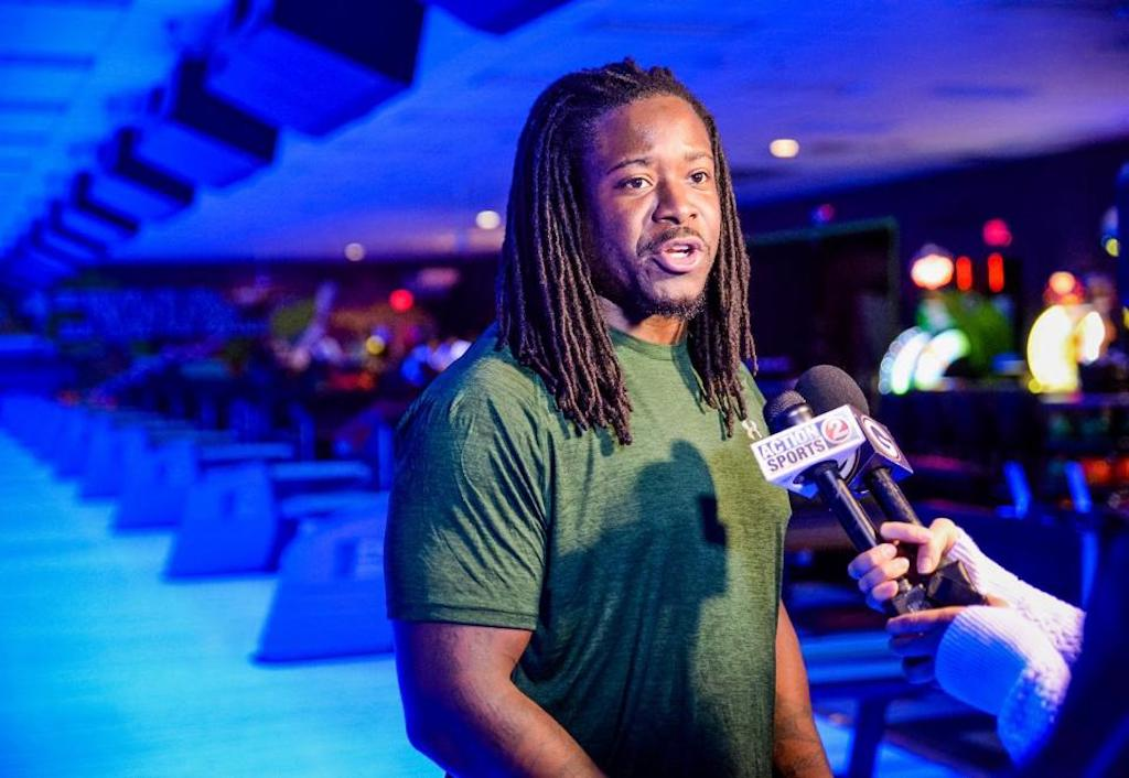 Eddie Lacy bowls over pins for charity, defenders for Packers | Eddie Lacy