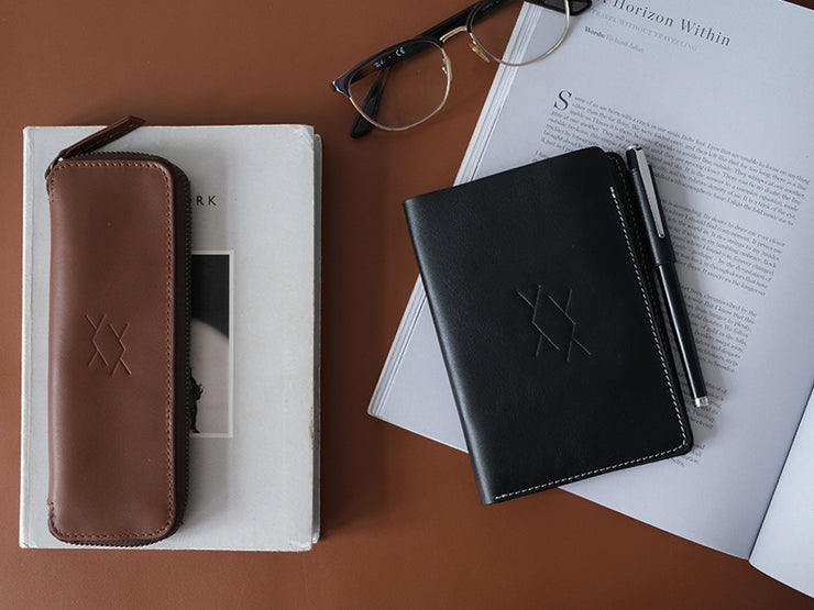 Preface - A6 Journal / Black (Custom)