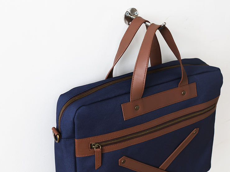 The Arrival - Laptop Workbag (Oxford Blue)
