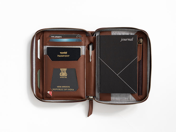 Voyager Passport Wallet + Luggage Tag