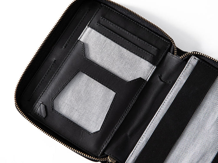 Voyager Passport Wallet - Black