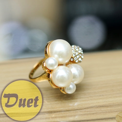 BRAZILIAN PEARL FASHION RING---SIZES 7