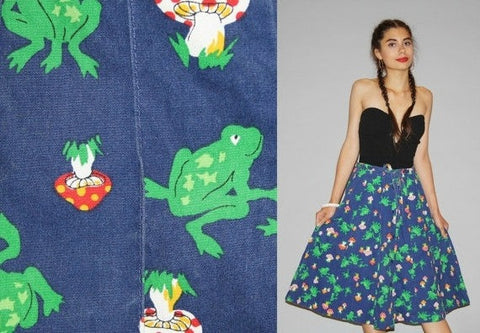 1970s Vintage Novelty Frogs and Toadstools Denim Jean Midi Skirt