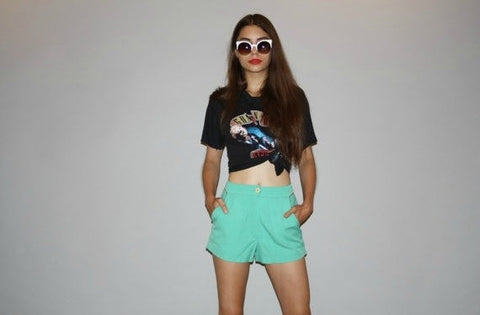 1960s Vintage High Waist Mint Green Short Shorts With Corduroy Lined Pockets and Red Trim