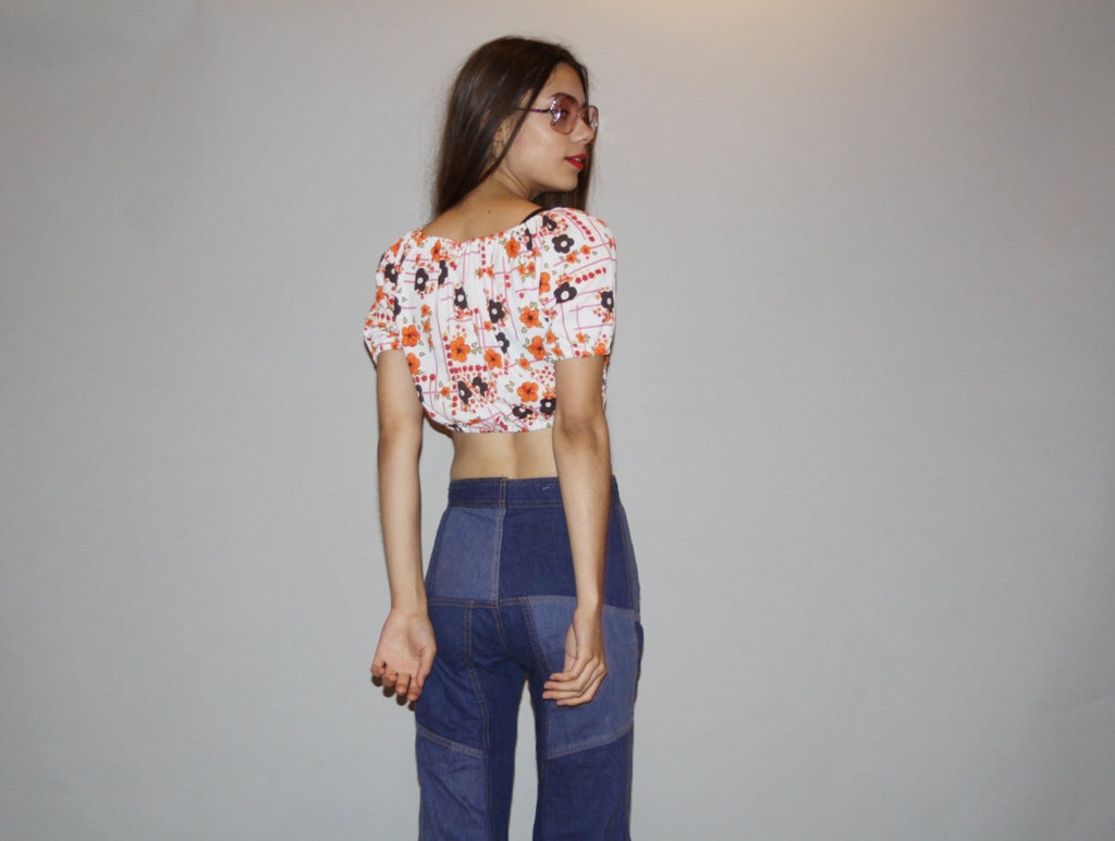 Vintage 1960s Hippie Floral Graphic Boho Festival Crop Top