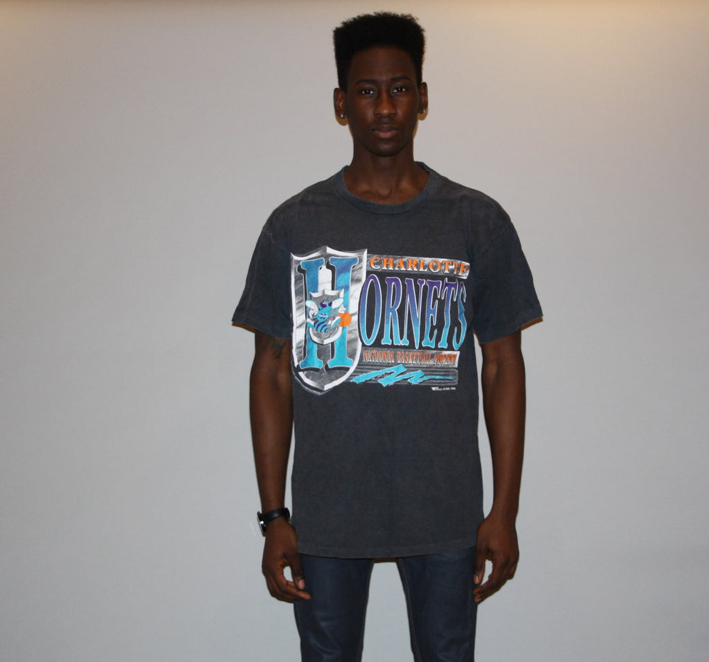 1990s Black Vintage Charlotte Hornet NBA Basketball T Shirt