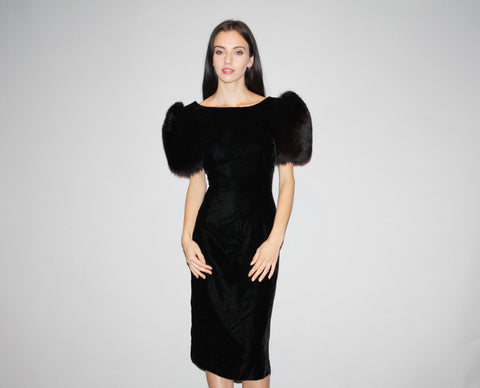 1980s Vintage Designer Victor Costa Avant Garde Black Fur Sleeve Velvet Bodycon Party Dress