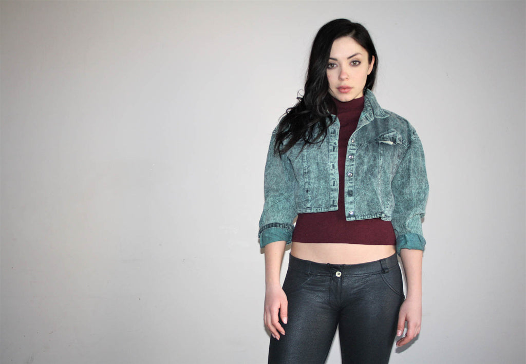 1980s VTG Green Acidwash Cropped Crop Chemical Wash Denim Jean Jacket
