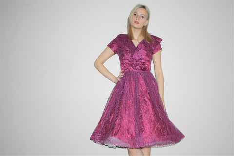 1950s Lace Rose Plum Purple Cocktail Party Prom Dress