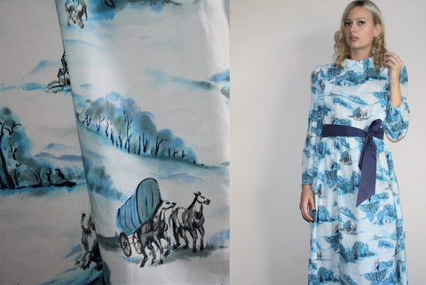 Vintage 1960s Novelty Blue Colorway Covered Wagon Pioneer Homestead Horse Dress