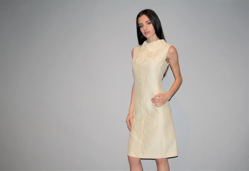 Vintage Designer B Altman 60s Silk Shantung Champagne Creme Shannon Rodgers for Jerry Silverman Cocktail Dress