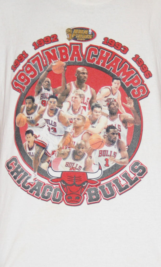 1990s Vintage Chicago Bulls 1997 NBA Champs Basketball T Shirt