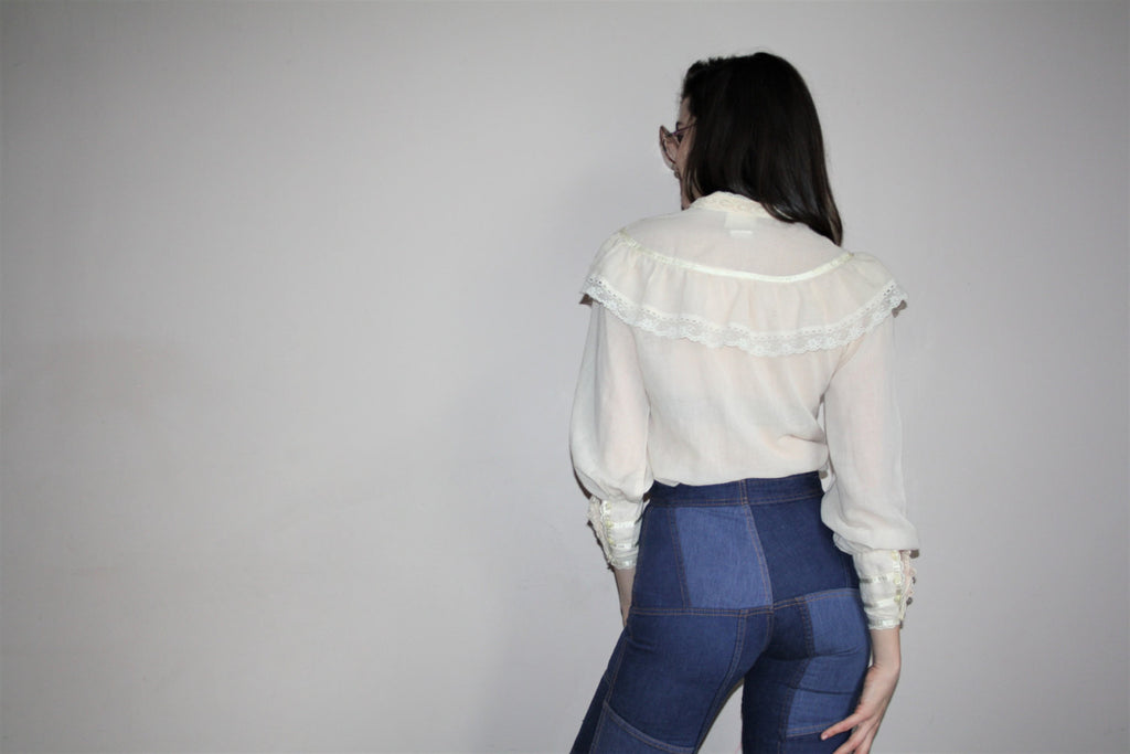 Vintage 1970s Gunne Sax Lace Embroidered Dainty Prarie Folk Blouse Top
